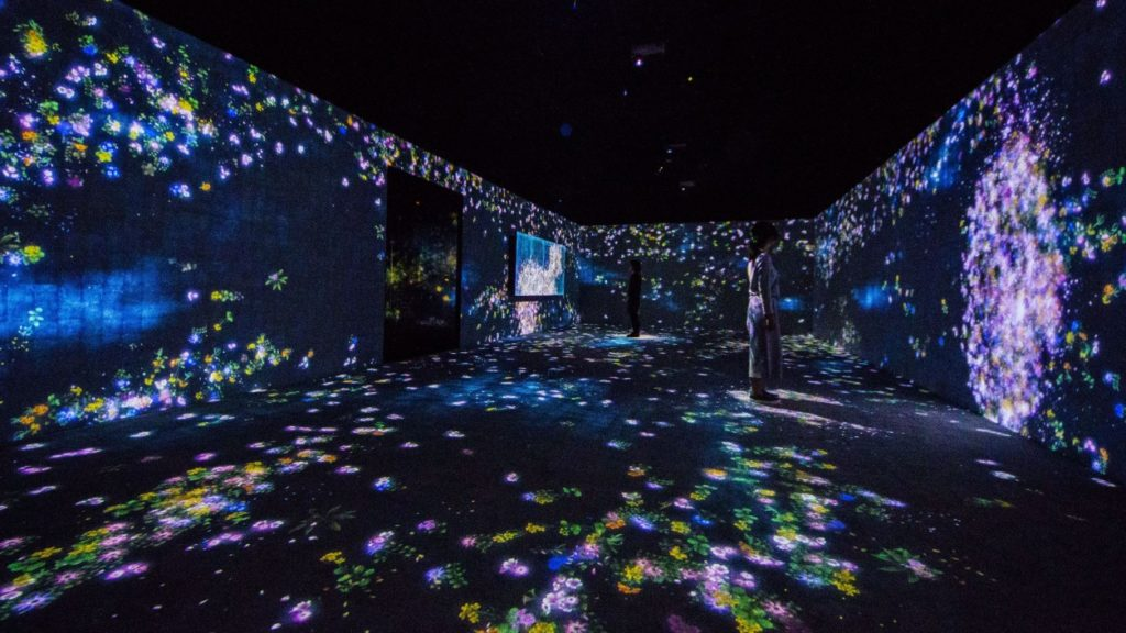 teamLab, 2015, Interactive Digital Installation, Endless, Sound: Hideaki Takahashi